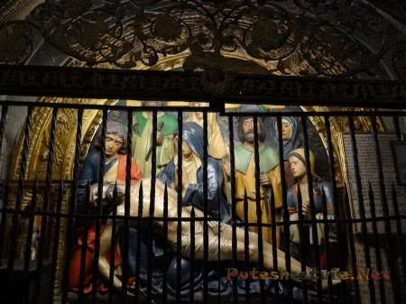 Статуя Христа снятого с креста в толедском Соборе
