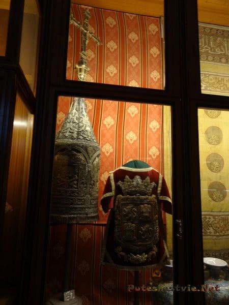 Одеяния священников в музее Толедского собора