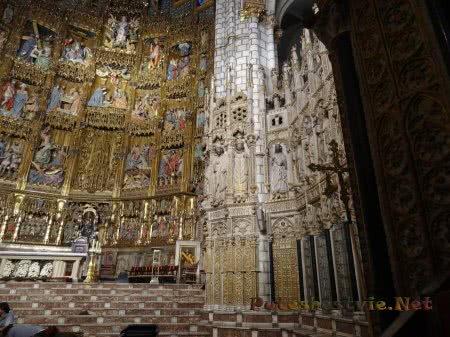 Золоченый иконостас Кафедрального толедского собора