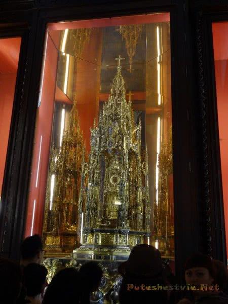 Красивоейшие экпонаты музея Кафедрального собора Толедо