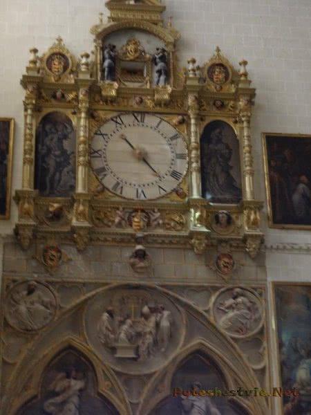 Часы в толедском Соборе