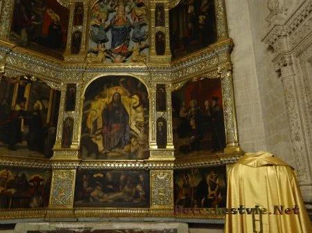 Фрагмент иконостаса в Соборе Святой Марии