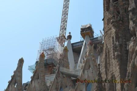 Стройка храма Саграда Фамилия в Барселоне
