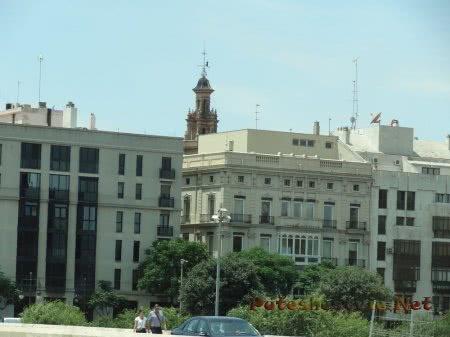 Такие разные дома улиц Валенсии