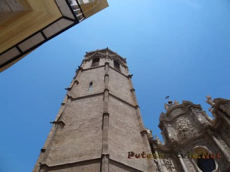Здание католического собора Валенсии