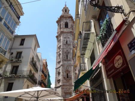 Соборная колокольня в Валенсии