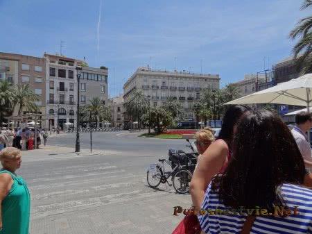 Красивая площадь Валенсии