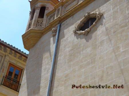 Элементы декора старинных домов Валенсии