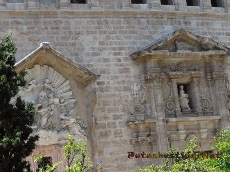 Декор старинного здания Валенсии