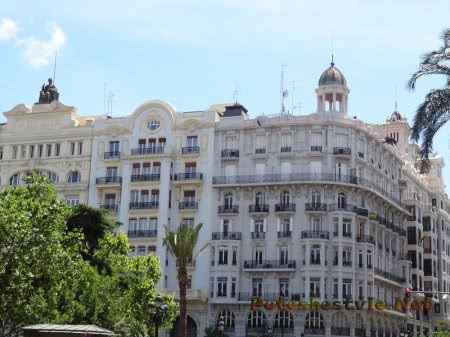 Шикарная архитектура Валенсийской площади