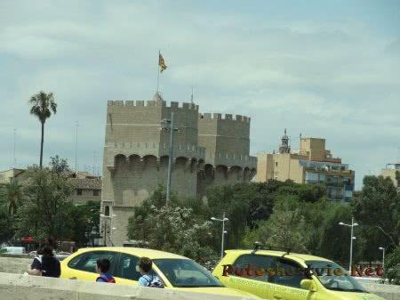 Старинные башни Валенсии