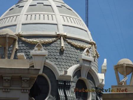 Декор здания Главного почтового офиса Валенсии