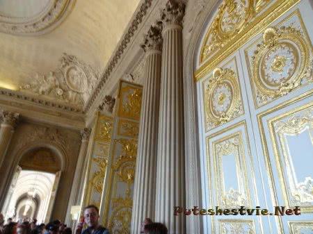 Богатый интерьер залов Версаля