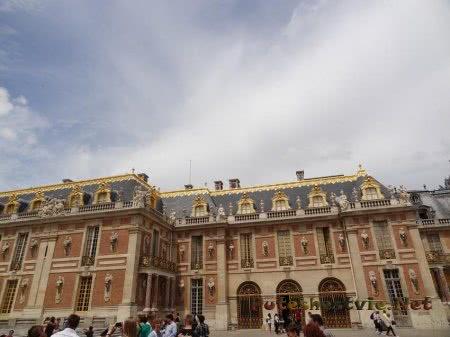 Версальский дворец во Франции