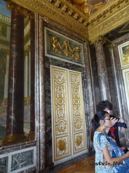 Мрамор и позолота в залах Версаля