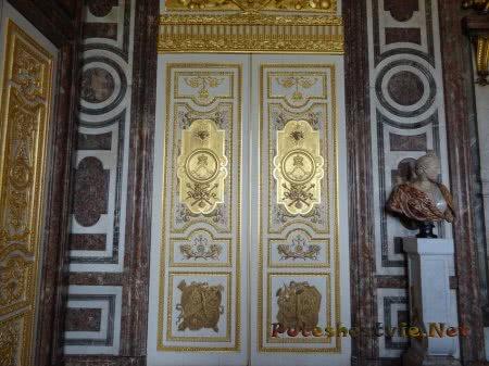 Потрясающие двери залов Версаля