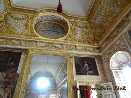 Обилие позолоты в интерьере Версаля