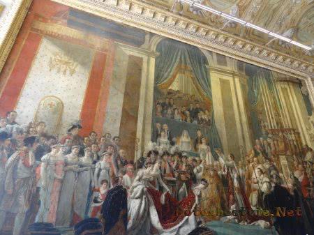 Наполеон венчает на царство Жозефину