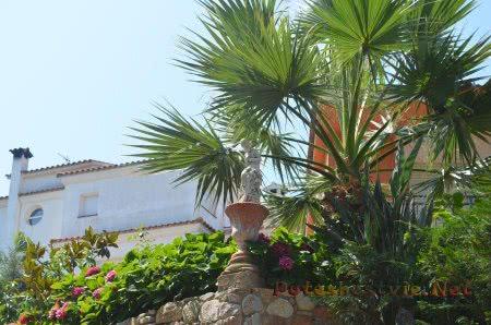 Красивая испанская вилла на Коста Брава