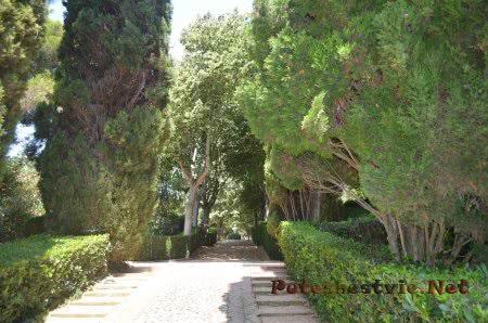 Дорожки в Саду Святой Клотильды в Ллорет-де-Мар