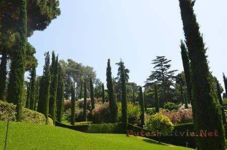 Очень красивый вид в Саду Сявтой Клотильды