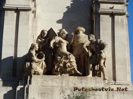Сульптуры героев книг Сервантеса