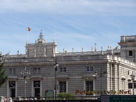 Строгое задние испанской столицы