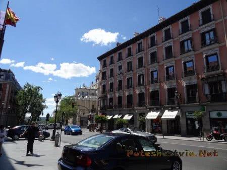 Турист заблудился на улице Мадрида