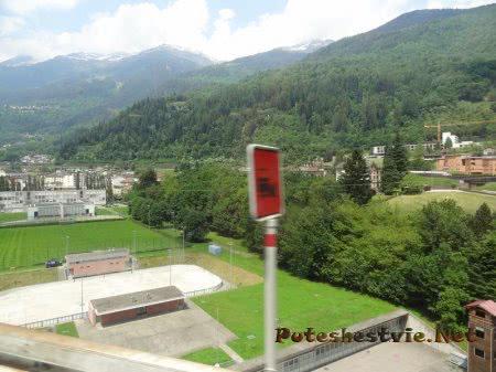 Инфраструктура маленького поселка Швейцарии