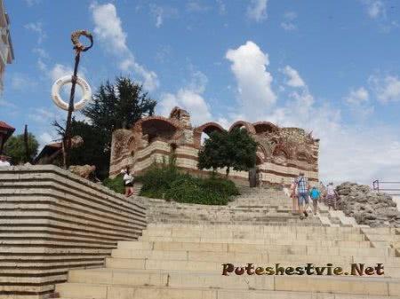 Лестница от порта Несебра