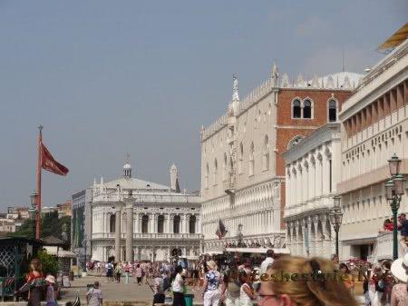 современный карнавал в Венеции