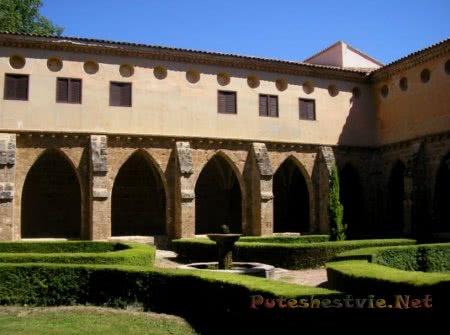 Отели в монастырях Испании