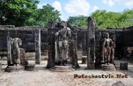 Скальный комплекс Будды Гал Вихара