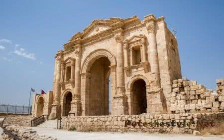 Джераш - древний город в Иордании