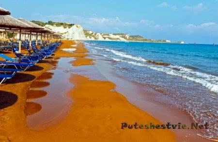 Пляж Кси