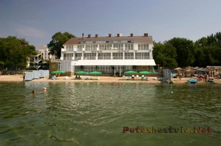 Пляж отеля Форт-Нокс