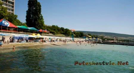 Пляж базы отдыха Ай-Петри