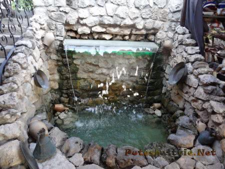 водопад в бахчисарайском дворце в крыму