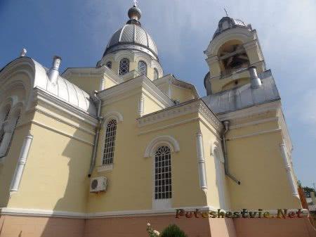 Купол Собора Казанской Божьей матери в Феодосии