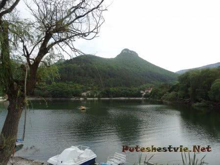 Водные развлечения на Мангупском озере