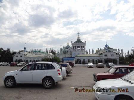 Церковь Святой Екатерины на автовокзале Феодосии