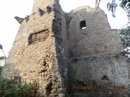 Руины Башни Константина