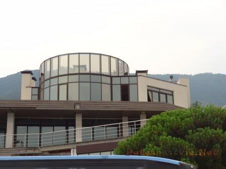 Отель на смотровой площадке на Гурзуф