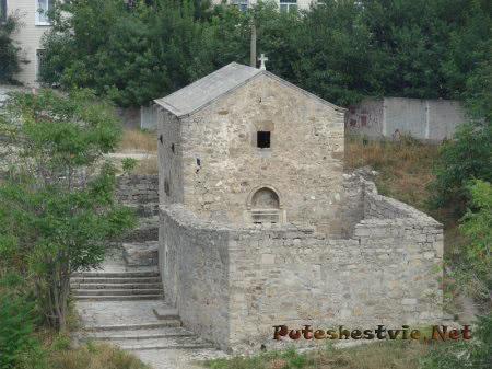 Церковь Святого Дмитрия Солунского на Карантине