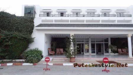 Вход в отель Эль Муради Бич Хаммамета в Тунисе