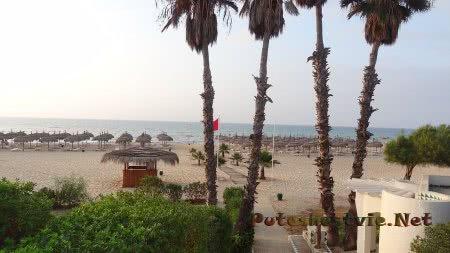 Пляж отеля Эль Муради Бич Хаммамет в Тунисе