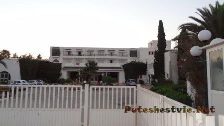 Основной корпус отеля Эль Муради Бич Хаммамета