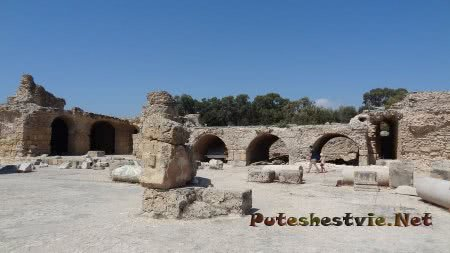 Арки римских бань Карфагена