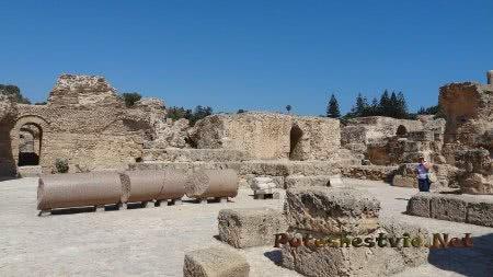 Колонна римских бань