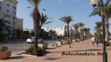 Набережная района Ясмин в Хаммамет
